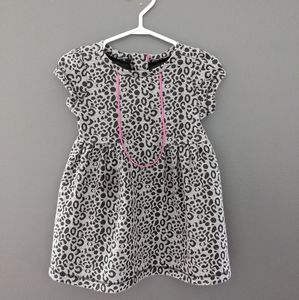 Grey cheetah print short sleeved dress